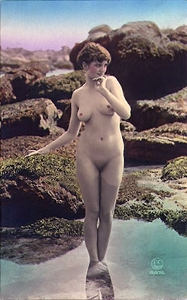 image Nudity in classic french movie les galettes