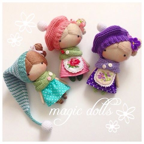 In anticipation of the winter ☃❄️- a drop of spring mood. A small garden trio: MintViolet,Tea Rose...