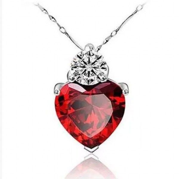 Sweet Heart Shaped Red Garnet 925 Sterling Silver Womens Necklace ($39) ❤ liked on Polyvore featuring jewelry, necklaces, vintage sterling silver jewelry, vintage jewellery, red garnet necklace, sterling silver necklaces and vintage jewelry
