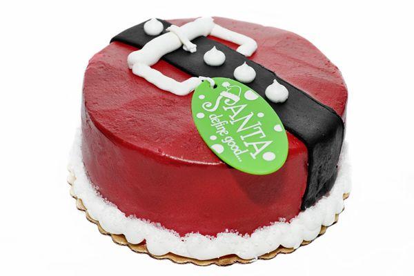 christmas cake - but with fondant