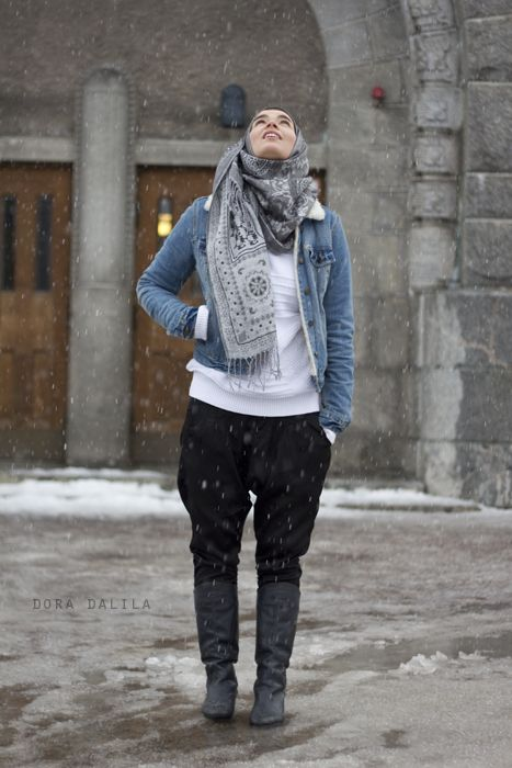 Modesty in the snow