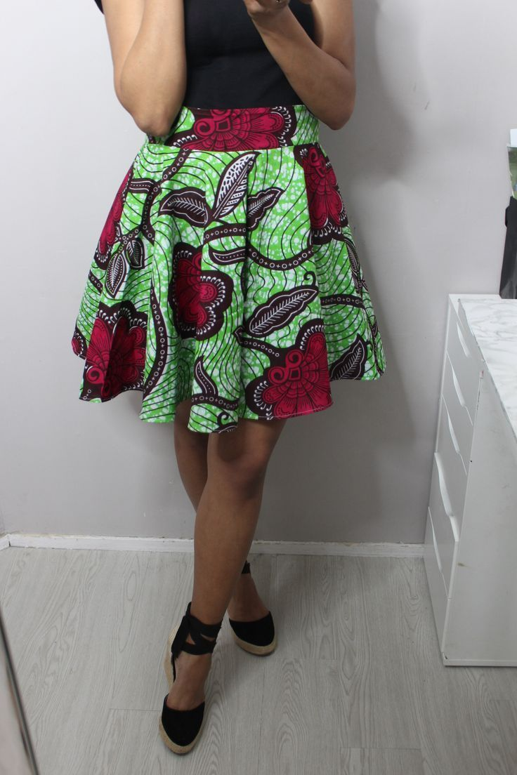 Jupe patineuse avec de la cire – Couture – #cire #skirt #skill #Sewing – Jupes …   – Jupes