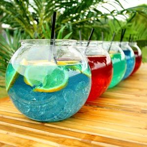 Plastic Cocktail Fish Bowl 105.5oz / 3ltr | Cocktail Fishbowls Gold Fish Bowl - Buy at drinkstuff