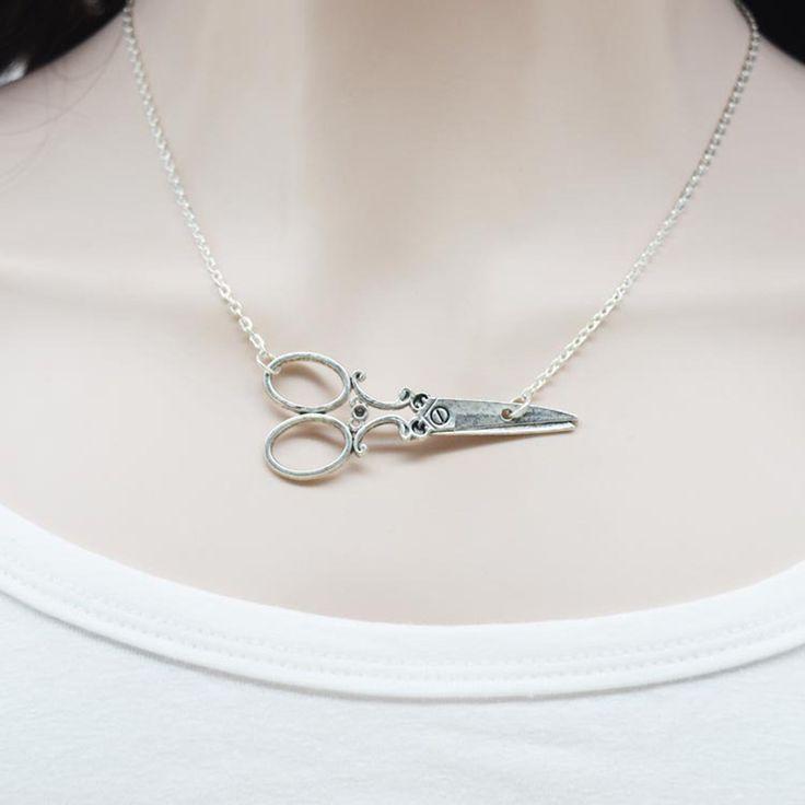 2015 Hot Retro Fashion Women Retro Scissors Necklace, Wholesale Ancient Silver Scissors Pendants, Best Christmas Gift