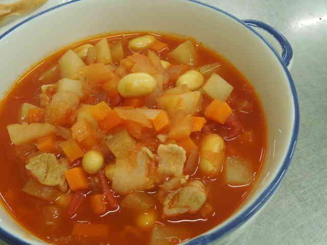 野菜たっぷり!トマトの煮込みスープの画像