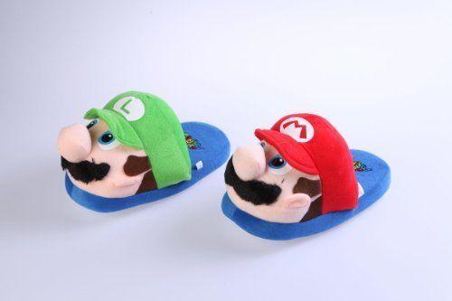 Nicht nur die Füsse von Marioland Fans halten Mario und  Luigi warm