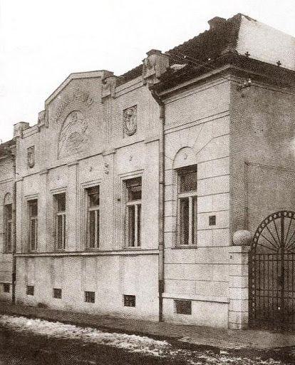 A nagykanizsai Munka szabadkőműves páholy székháza-eredeti / The masonic lodge house in Nagykanizsa in former times.