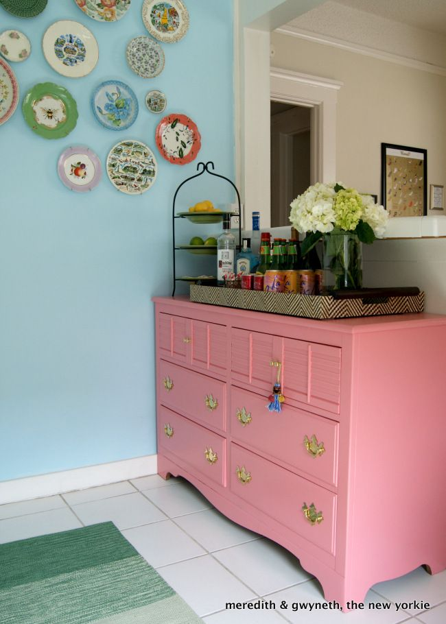 Meredith And The New Yorkie Pink Dumpster Dive Kitchen Dresser As A Bar