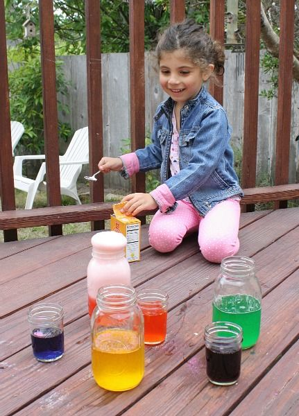 Science for Kids: Chemical Reactions Using Baking Soda and Vinegar | Buggy and Buddy