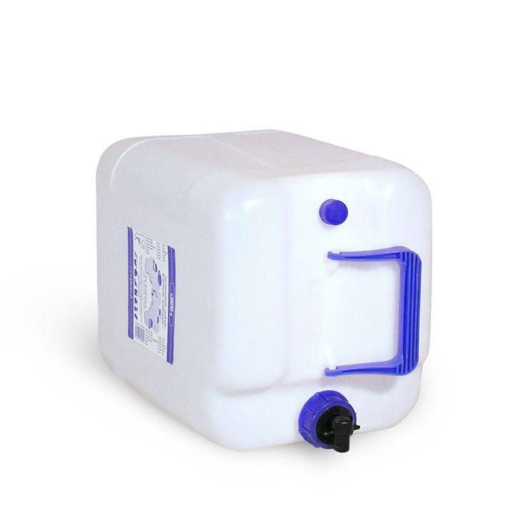 20 L vesiastia hanalla ja korkilla. Vesi tulee ulos kuin kraanasta, koska ilma menee ulos toisesta korkista. 5L water container with two caps. Made in Finland