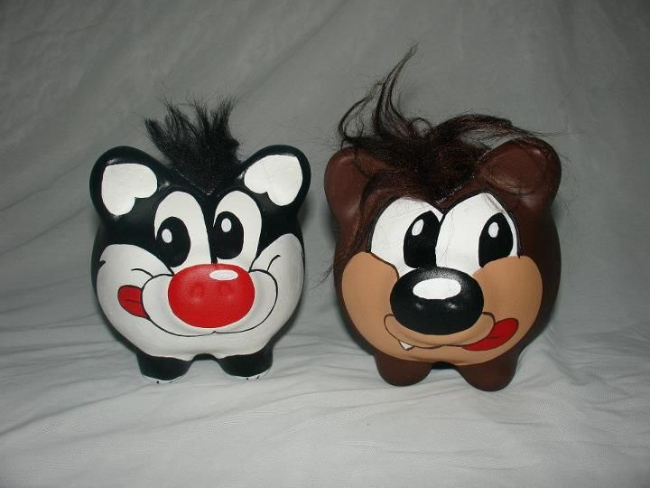 Los Looney Toons tambien estan en Misho-Cerdilandia.