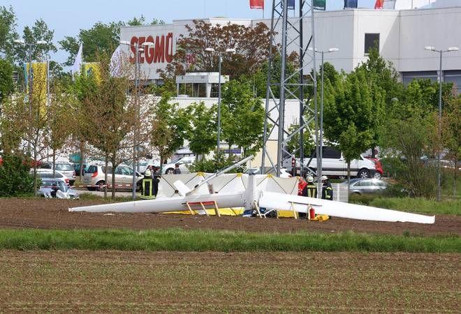 Segelflieger zerschellt auf Feld nahe Maimarkt - Pilot tot - Nachrichten aus Mannheim - Rhein Neckar Zeitung