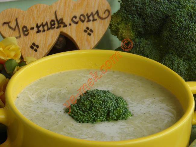 Kremalı Brokoli Çorbası Resmi