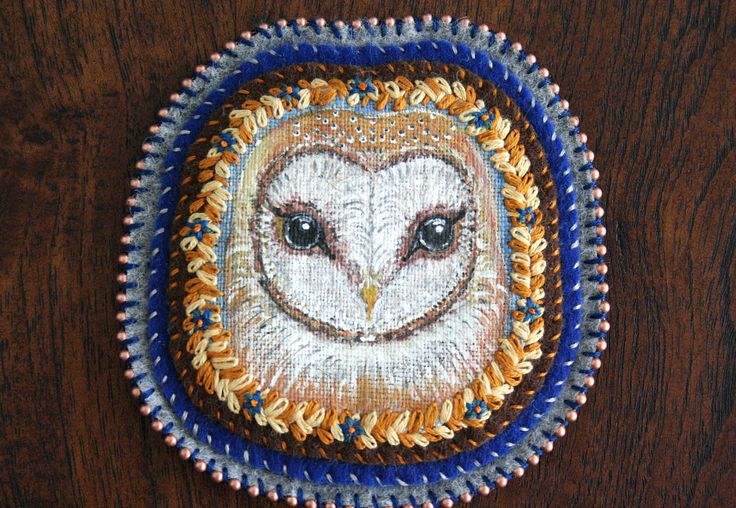 Barn Owl - Owl Portrait - Modern Embroidery - Hand Embroidery - Embroidery Art - Textile Art - Patch - Brooch - Pin - Wall Decor by BlackCatCreativeStd on Etsy https://www.etsy.com/listing/281566106/barn-owl-owl-portrait-modern-embroidery