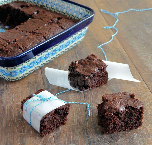 Vegan Brownies - Laura's Bakery