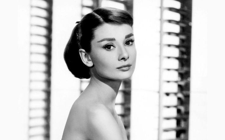 Audrey Hepburn, Fashion Icon, Beauty Icon