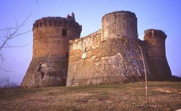 Fortification Castrocaro Terme, Italy. La fortezza di Monte Poggiolo #terradelsole #castrocaroterme