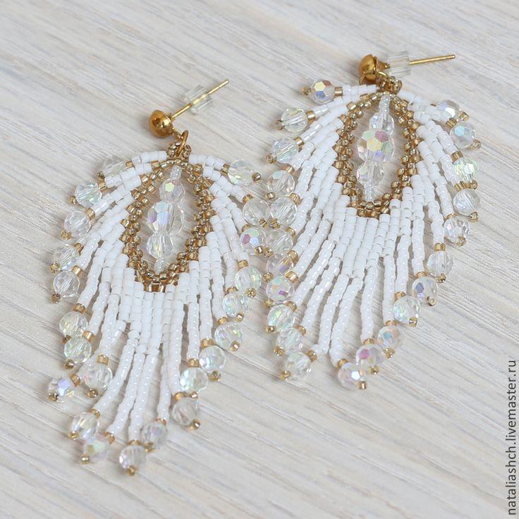 Купить Серьги из бисера, белые перья (0233) - серьги, бисер, длинные серьги, белый, перо