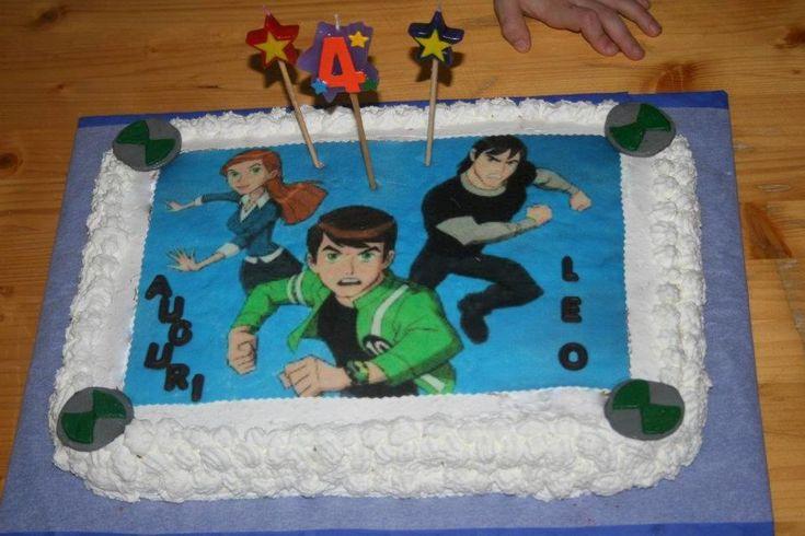 Torta decorata con panna e cialda personalizzata Ben Ten bimbo