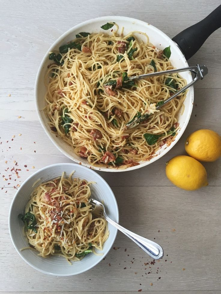 Chrissy Teigen's Spaghetti Cacio E Pepe — blushing brownies