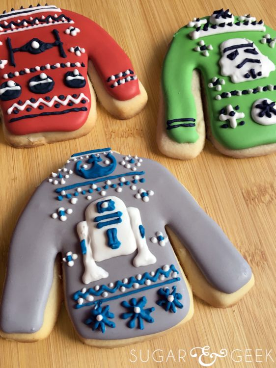 Sugar & Geek Star Wars ugly Christmas sweater cookies! #StarWars #cookies #uglysweater