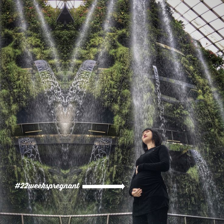 RAEGITAZORO For maternity collection At singapore Garden by the bay