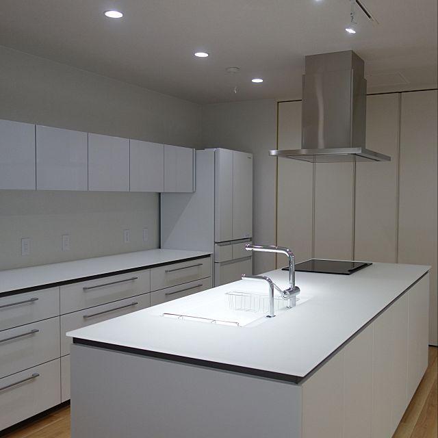 Totoキッチン キレイ除菌水 グレーインテリア ホワイトインテリア 照明