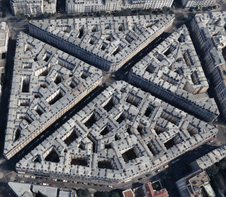 Hive-like architecture in Paris (Google Maps) [1566x1364]