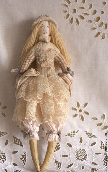 Купить или заказать Абигайль в интернет-магазине на Ярмарке Мастеров. Интерьерная текстильная кукла…