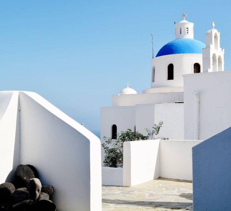 "71 aprecieri, 4 comentarii - TRAVELER DIARY (@traveler_diary_) pe Instagram: ""💙 . . #nature #landscape #paradise #travel #greece #travelblogger #travelpics #instatraveling…"""