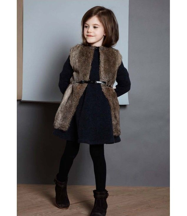 I have an old fur coat.. gonna make this!