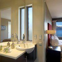 Queenstown Apartments En-suit Bathroom