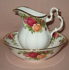 ROYAL ALBERT OLD COUNTRY ROSES SMALL JUG & BOWL SET, ENGLISH MADE, FIRST QUALITY