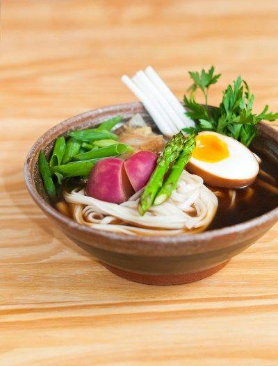 RECEITA: SOPA JAPONESA SHOYU UDON DE CARNE | Cozinha do João