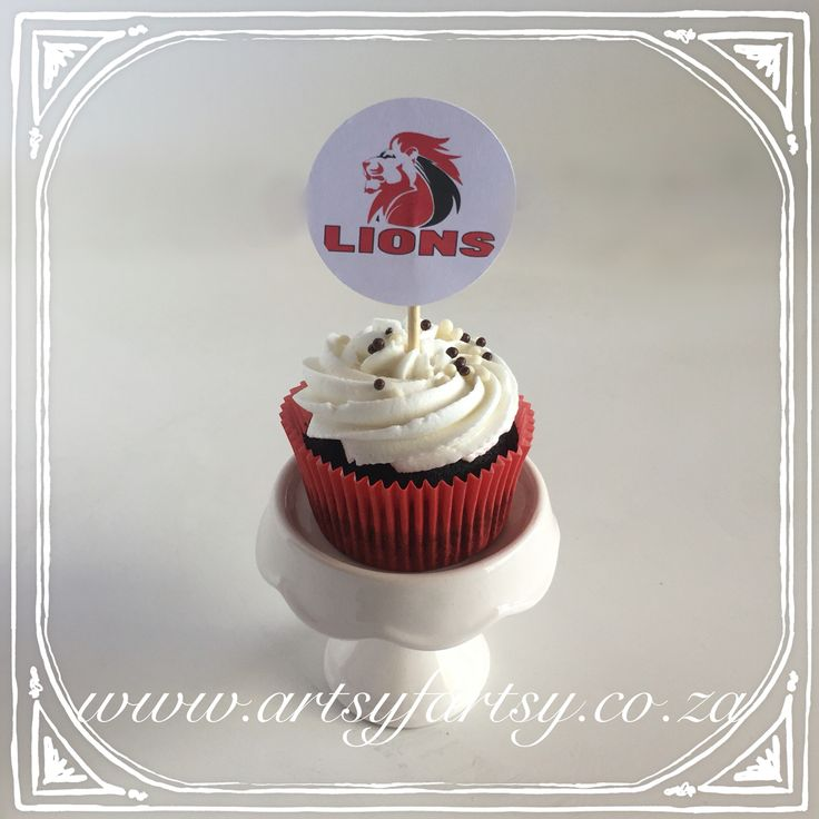 Lions Rugby Cupcake #lionsrugbycupcake