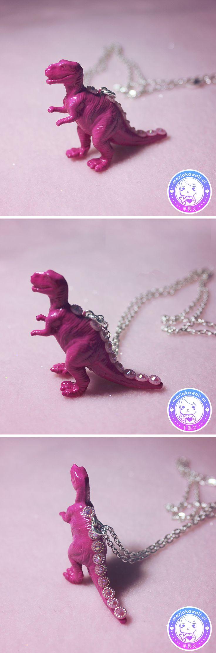 María Kawaii Store ♥ Tyrannosaurus necklace Fuchsia