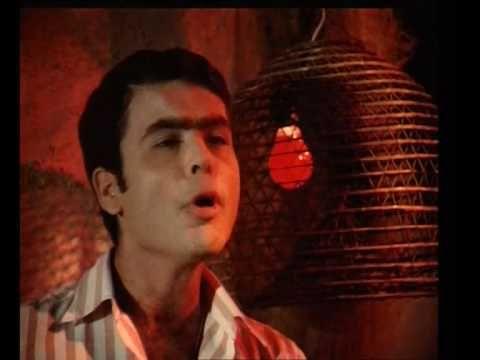 Γιάννης Πουλόπουλος - Όταν μιλάς για χωρισμό          Ο Γιάννης Πουλόπουλος γεννήθηκε στη Μάνη. Οι γονείς του, Μεσσηνιακής καταγωγής, γρήγορα μετά τη γέννησή του, μετακόμισαν στο Περιστέρι και συγκεκριμένα στην περιοχή του Αγίου Ιερόθεου.    Ο Γιάννης Πουλόπουλος από μικρός είχε κλήση στο τραγούδι, αλλά στη συνοικία και στον στενό κύκλο που μεγά...