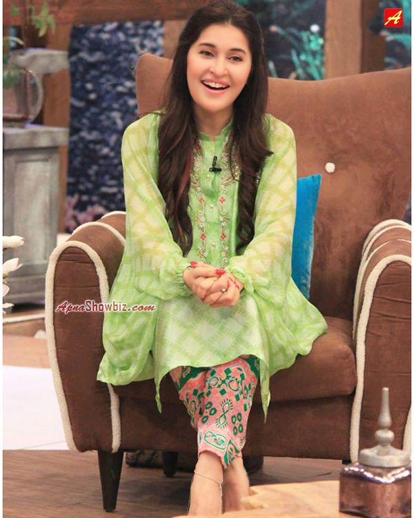 Dr. Shaista Lodhi #Pakistan #Style #Fashion #Hairstyle #ShaistaLodhi #HumSitaray #ApnaFashion
