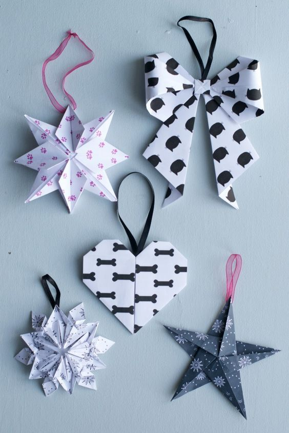 DIY 10 Origami Christmas Ornaments   Hungry Heart