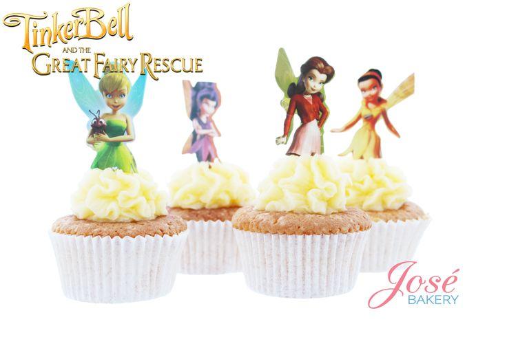 Op deze Tinkerbell cupcake toppers worden Tinkerbell en haar drie beste vriendinnen afgebeeld. Bestel de cupcakes toppers en cupcakes bij Jose bakery en stel zelf jouw cupcakes samen. Vanille cupcakes met een oreo toef? Of misschien chocolade cupcakes met cookies and cream? Je besteld het bij Jose bakery. #tinkerbell #cupcaketoppers #tinkerbellcupcaketoppers #tinkerbellcupcakes #josebakery