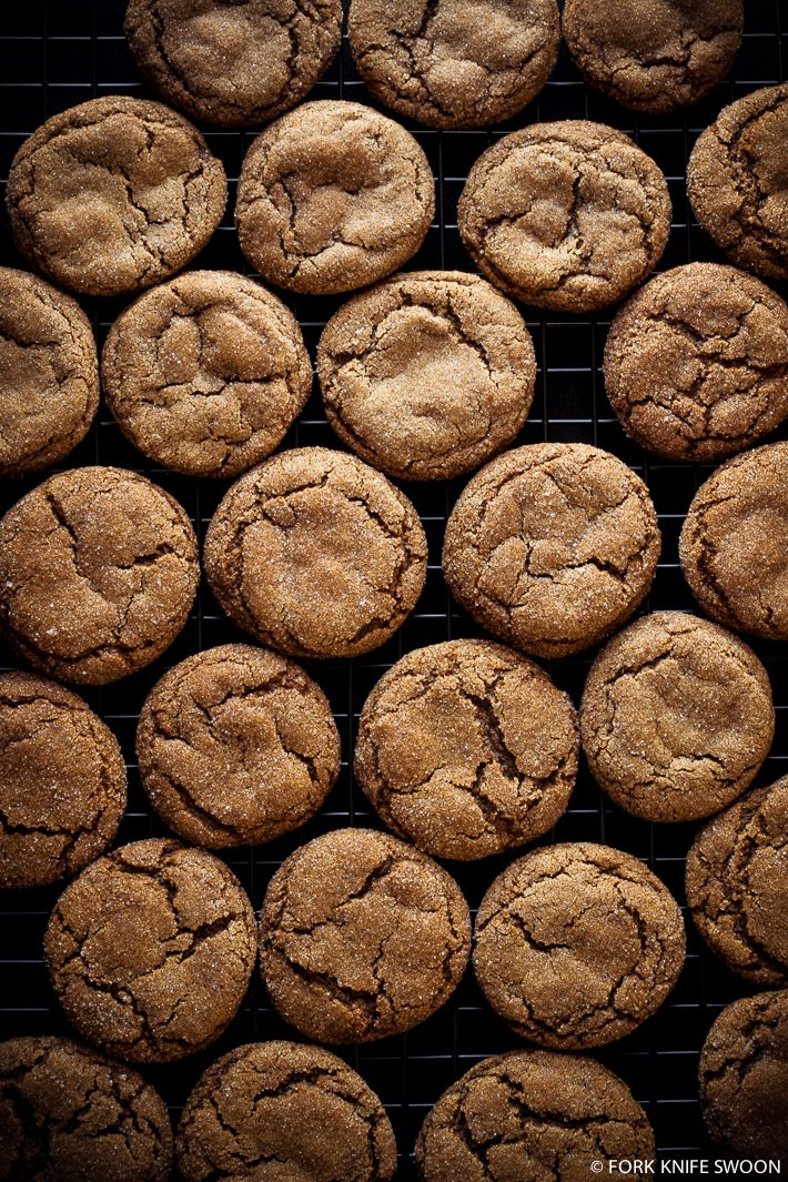Soft and Chewy Ginger Cookies  // Fork Knife Swoon