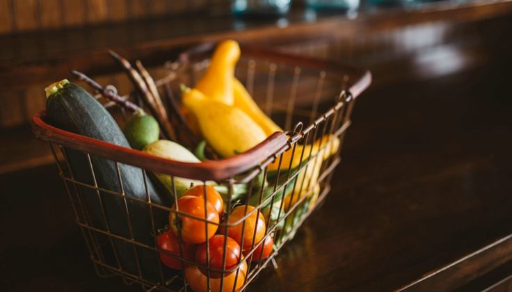 Faire des réserves alimentaires est plus qu'une simple préparation en vue de catastrophes naturelles. c'est aussi pour s'en servir pour les aléas de la vie