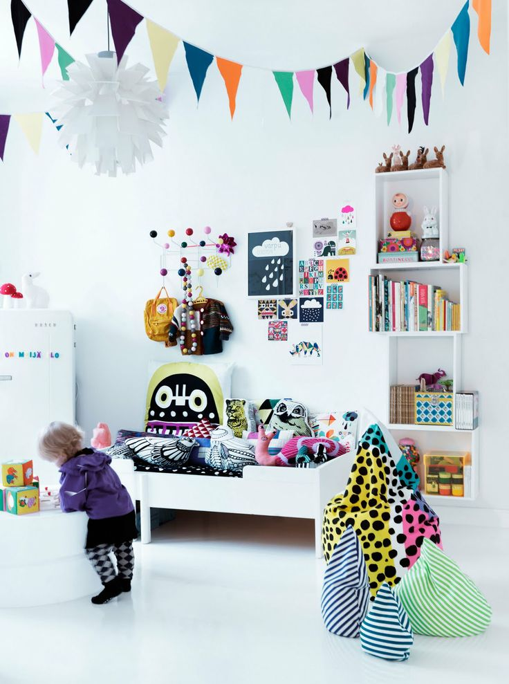 A light and bright room for the small set.
