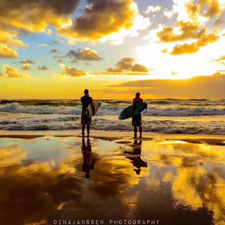 Incredible first light reflections on Sunrise Beach ☀