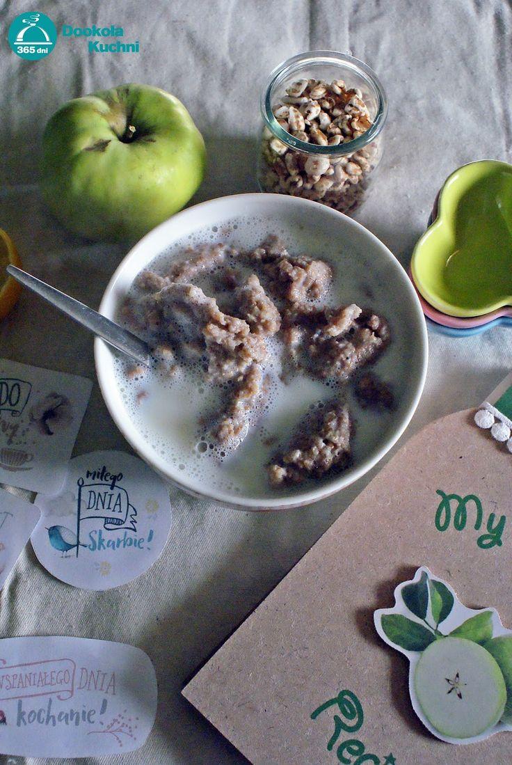 Kluski kładzione na mleku z wiórkami kokosowymi