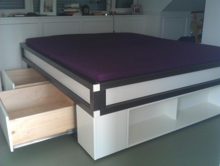 Tweepersoons bed met opbergruimte