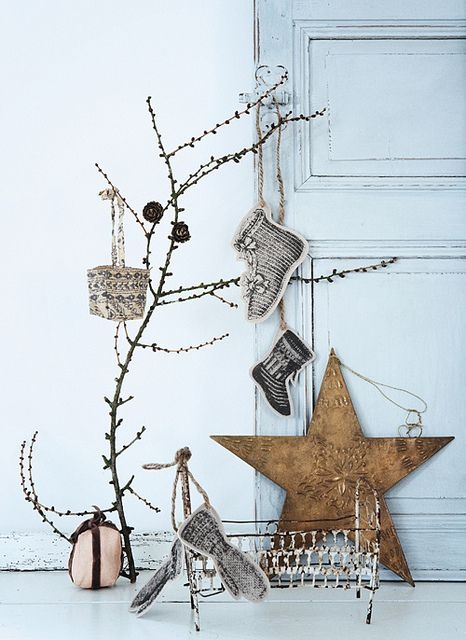 Kerst decoratie van stof,  the style files, via Flickr
