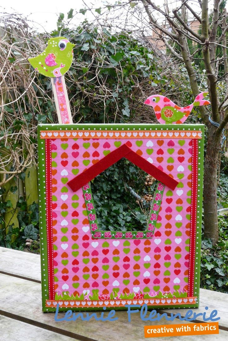 dollhouse, poppenhuis. http://lennie-flennerie.blogspot.nl/2015/02/lidys-poppenhuis-dollhouse.html