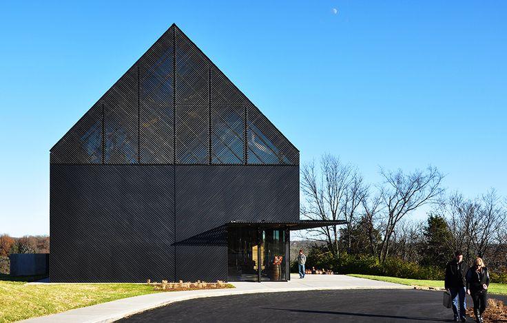 Filtrerat ljus av De Leon Primmer Architecture Workshop – http://www.tidningentra.se/reportage/modern-designupplevelse-i-bourbondestilleri #arkitektur i #trä