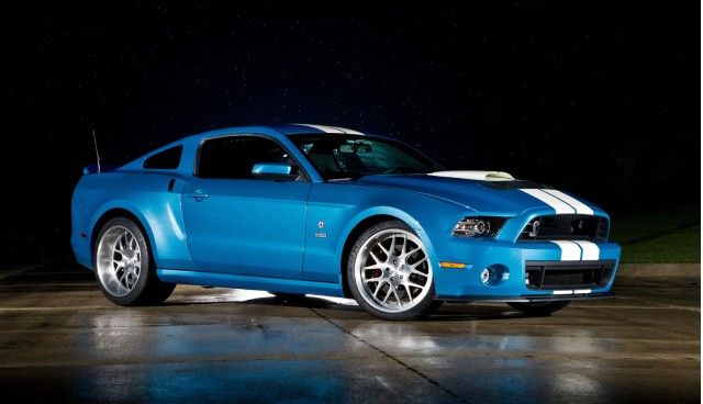 Carroll Shelby Honored With 850-HP 2013 Ford Mustang Shelby GT500 Cobra